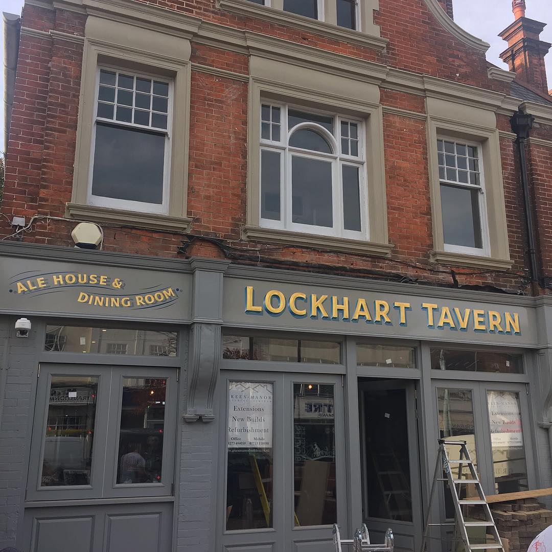 Sign up on the new gaff @thelockharttavern by the brilliant @brilliantsigns ...how ever did they come up with their name?